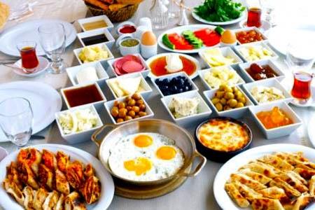 Sabah Kahvaltısı Nasıl Yapılmalı?